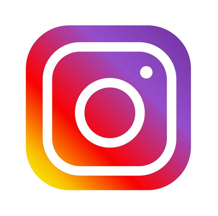 https://www.instagram.com/upfumea/